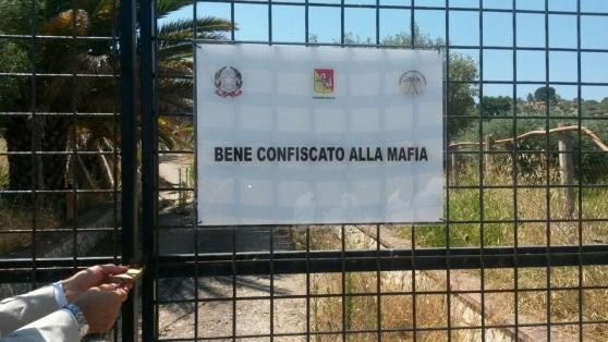 BENI CONFISCATI: LA REGIONE CAMPANIAFINANZIA20 PROGETTI, 4 A SALERNO