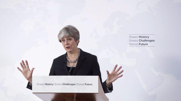 """Brexit, Theresa May: trovare """"accordo creativo"""" tra Gb e Ue"""