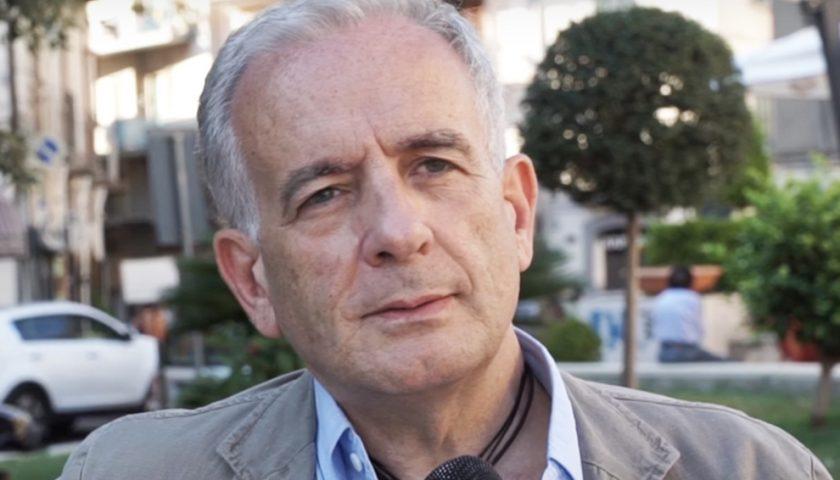 """Ha un infarto, il sindaco-medico di Roccapiemonte si """"salva"""" da solo"""