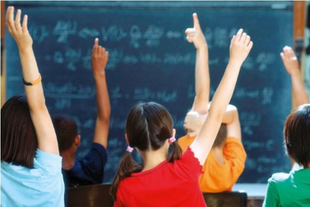 Gli alunni non possono tornare a casa da soli, la protesta dei genitori
