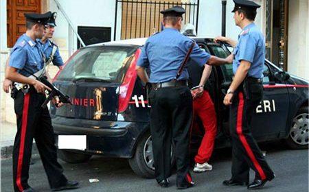 Battipaglia: Arrestata barista pusher, nei guai anche il complice