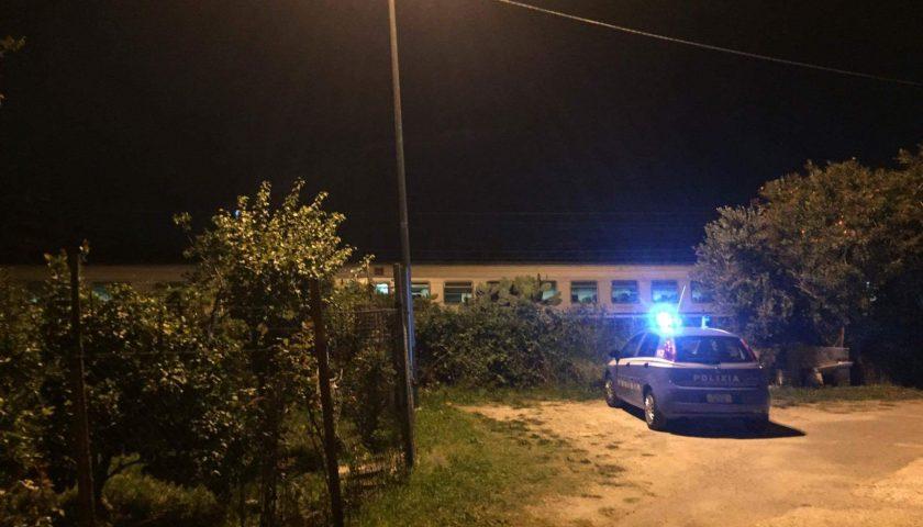 Tragedia sui binari, una persona investita da un treno presso Fuorni