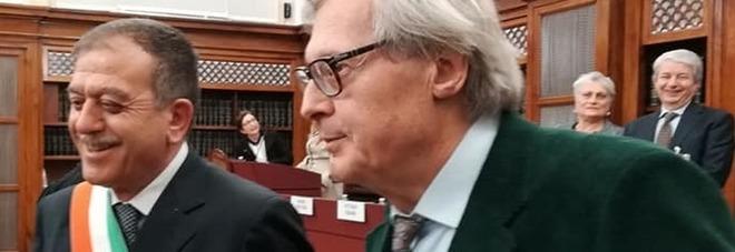 Pace fatta tra il sindaco di Buccino e Sgarbi