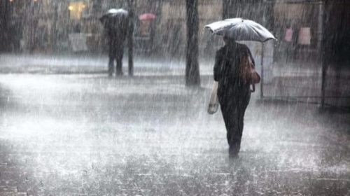 La Protezione civile Campania: allerta meteo Arancione in atto. Dalle 6 di domani mattina si passa al Giallo fino alle 6 di martedì mattina
