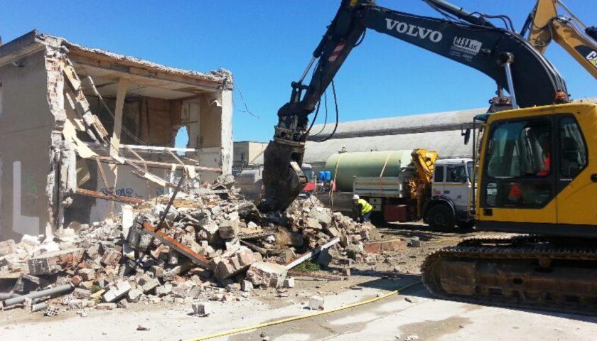 Legambiente, Salerno prima per cemento illegale: ecco i dati della Campania