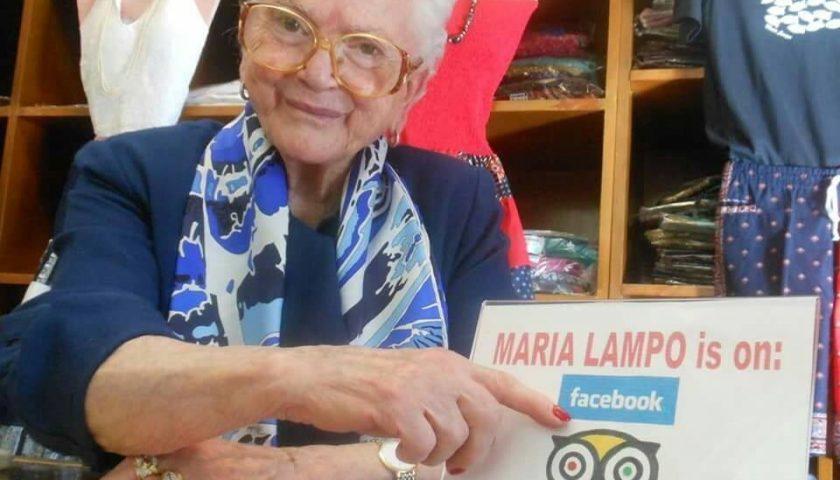 """Addio a Maria Lampo, la donna che ha contribuito alla creazione del mito della """"Moda Positano"""""""
