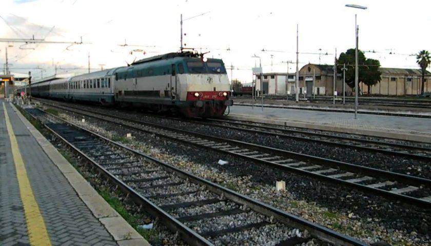 Atti osceni in treno: denunciato 52enne salernitano