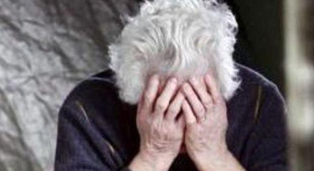 Derubarono un'anziana a Laurino, arrestate a Roma tre donne
