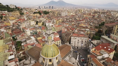 """Il 3 dicembre Regione a Roma per il Centro Storico di Napoli, De Luca: """"Contratto da 90 milioni"""". E annuncia l'ospedale della Penisola Sorrentina"""