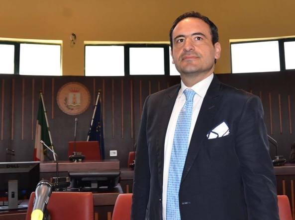 Abusi edilizi, dal Comune di Scafati arriva la demolizione per l'ex sindaco Aliberti