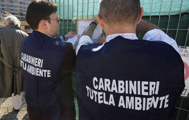 """Fiume Sarno,  La Mura e Di Lauro (M5S): """"Fin quando ci saranno imprenditori spregiudicati, sarà sempre inquinato"""""""
