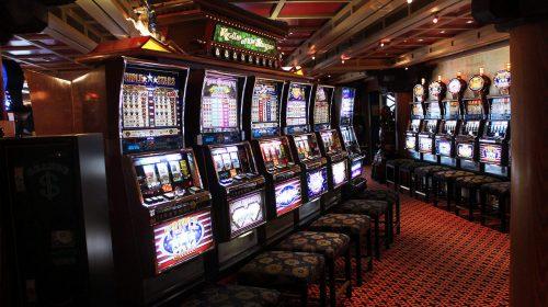 Slot machine truccate, sette rinvii a giudizi tra Cava e Nocera