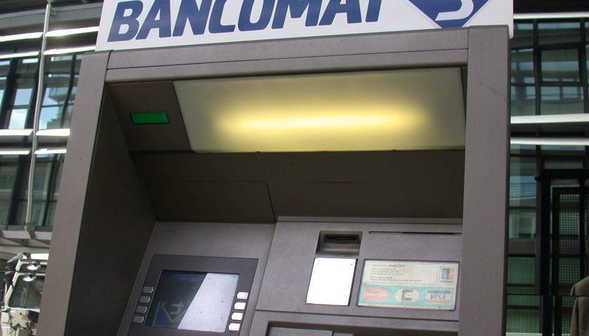 Preleva soldi con la carta di credito clonata: alla sbarra 36enne sarnese