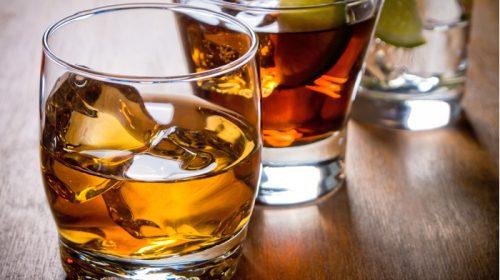 Esagerano con assunzione di alcolici, quattro ragazzi dalla discoteca al pronto soccorso