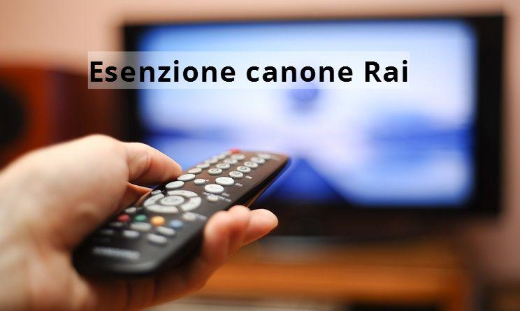Canone Rai, fino al 30 aprile si può chiedere l'esenzione over 75