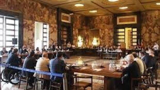 Consiglio Comunale a Salerno, i punti all'ordine del giorno approvati e ritirati