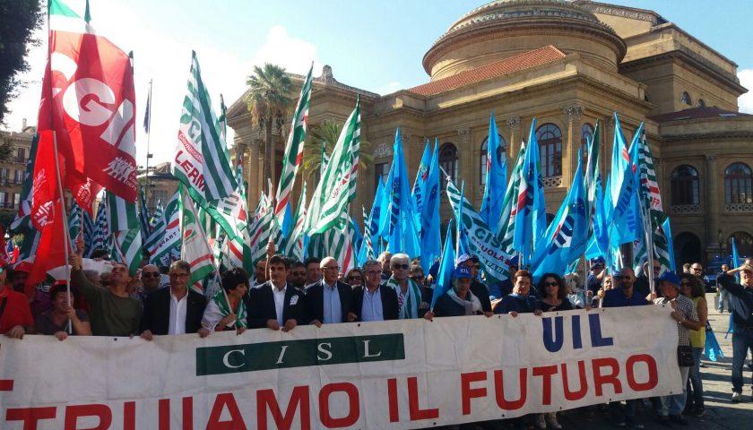 Cgil, Cisl e Uil celebrano la giornata dei lavoratori in provincia di Salerno rispettando le norma anti-contagio