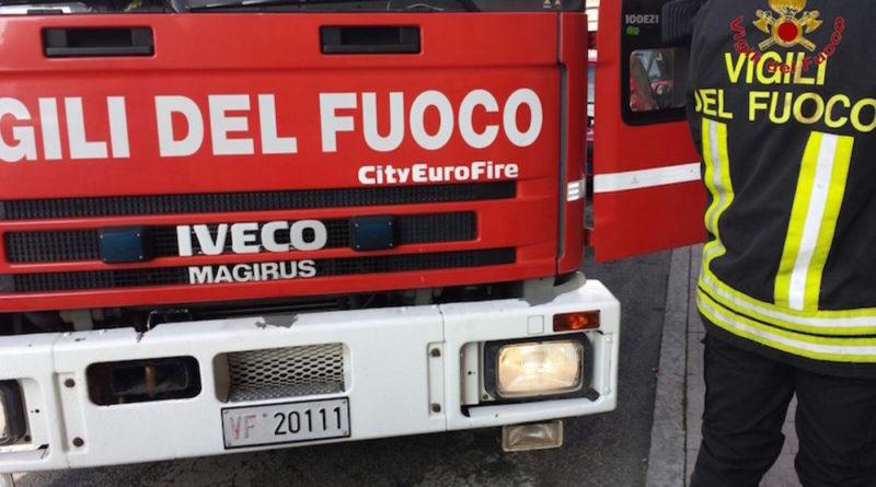 Esplode cabina dell'Enel a Teggiano a causa di un corto circuito