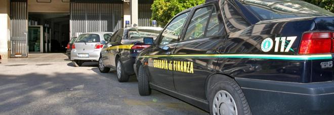 Traffico internazionale di carburante, tra gli arrestati c'è anche il salernitano Panariello