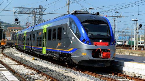 Trenitalia consegna alla Regione Campania due nuovi treni Rock