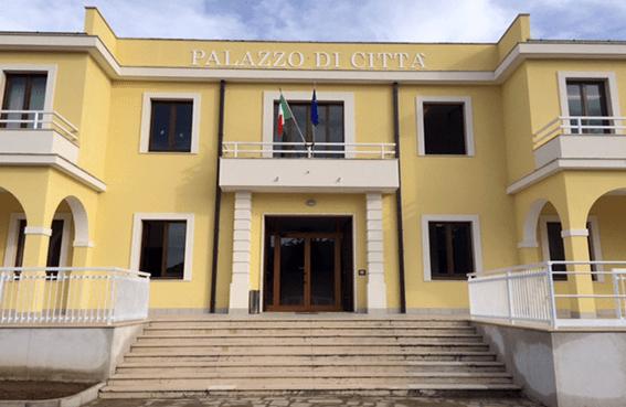 Morosità sui tributi per un milione e 700mila euro a Capaccio: 13 campeggi rischiano la revoca della licenza