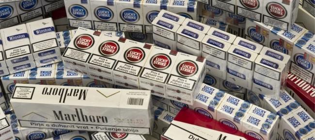 Nocera Superiore: commerciante pronto a vendere 14 chili di sigarette di contrabbando