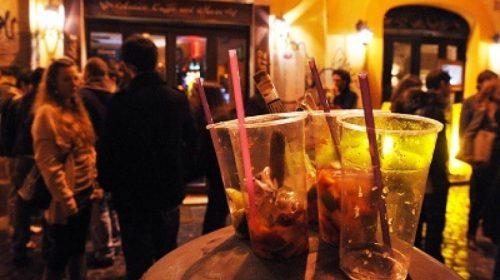 Salerno, da oggi a domani mattina vietato vendere alcolici