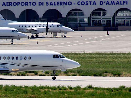 """Domani in Camera di Commercio convegno sull'aeroporto di Salerno. Intanto """"svaniscono come neve al sole"""" i voli charter per Malta, Spalato e Tirana…"""
