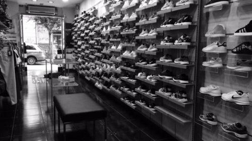 Codacons, Caporetto per i piccoli negozi:  il governo tagli l'Iva per dare nuovo impulso ai consumi