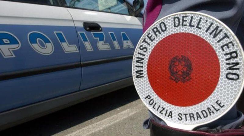 Arrestato dalla polizia con documenti di riconoscimento falsi