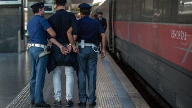 Intensificazione controlli in ambito ferroviario, arrestato ladro seriale