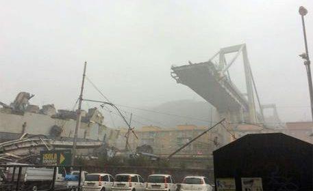 Crolla ponte a Genova, 11 morti tra cui un bambino