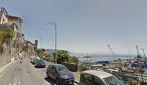 Salerno: no al doppio senso in via Croce