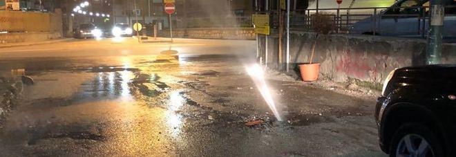 Angri: geyser in via Alveo Sant'Alfonso, perdita idrica spettacolare
