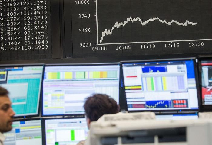 Spread Btp-Bund sfiora 250, tasso vola al 3%. Bce conferma piano uscita Qe