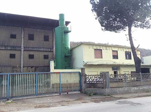 """Marchetti del Codacons: """"Al rione Carmine aria irrespirabile, colpa delle Fonderie Pisano"""""""