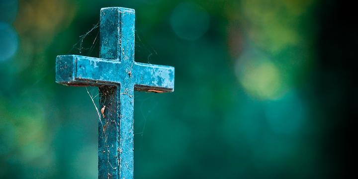 San Mango Piemonte: cimitero pieno e sepoltura negata