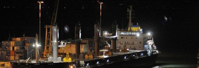 Da Tunisi a Salerno nella stiva: stop al viaggio degli otto migranti