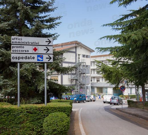 Ospedale di Polla, paziente precipita dalla finestra e muore
