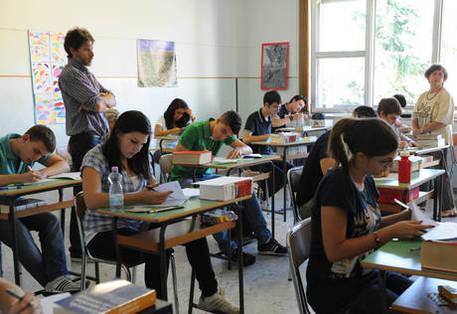 Scuola: concorso precari, atti alla Consulta