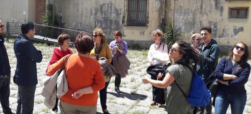 Castello sbarrato a 50 turisti: «Ma c'era l'ok del Comune»