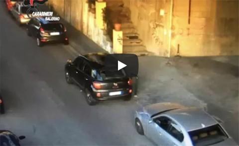Sparavano ai finestrini delle auto in sosta: tutti condannati