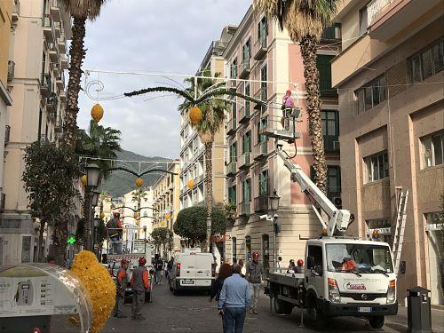 Novità Luci d'Artista: sul Corso spuntano i limoni
