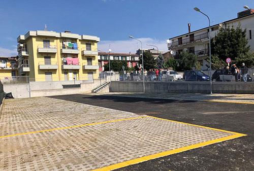 Baronissi: inaugurato parcheggio ad Aiello nell'area Ex prefabbricati
