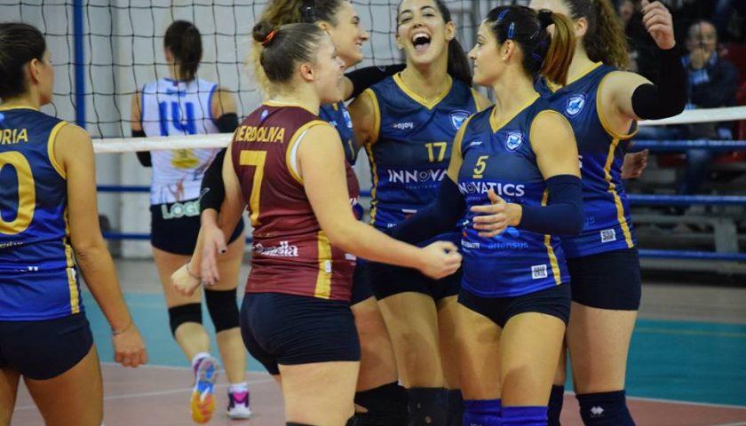 La Salerno Guiscards bagna con un successo l'esordio nel campionato di Serie C di volley femminile