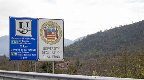 Costruendo UNISA: potenziamento segnaletica autostradale universitaria