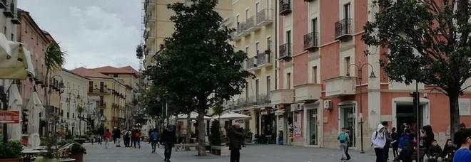 Agropoli, clochard trova portafogli con 600 euro e lo restituisce