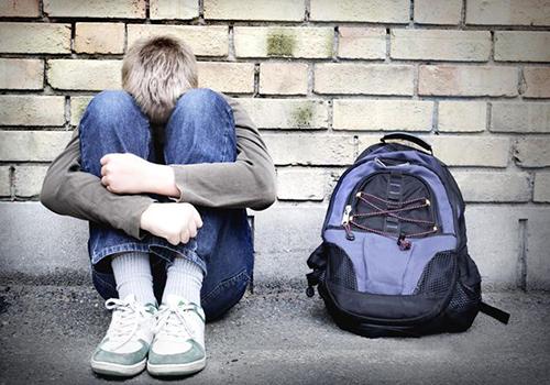 Alunno umiliato a scuola: 'Vai nel bagno delle donne'