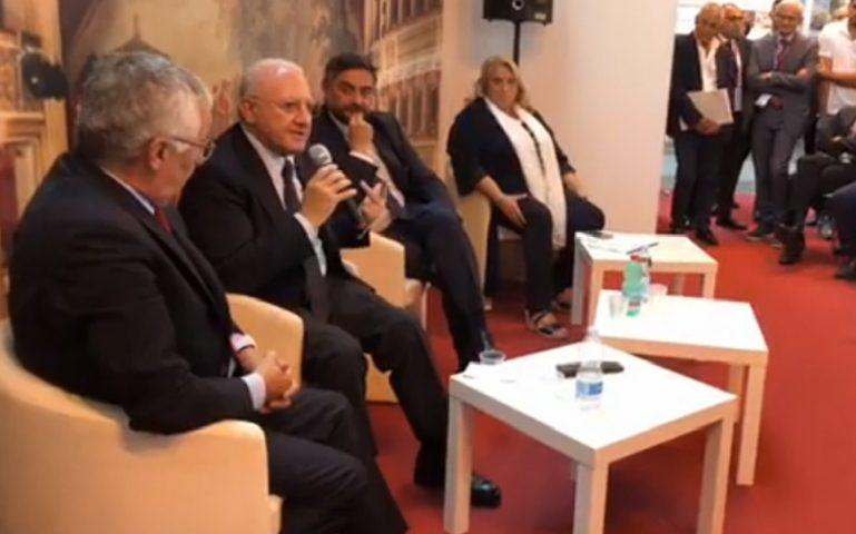 """Turismo, il governatore De Luca in esclusiva: """"La Campania ha tutto per sfondare"""""""