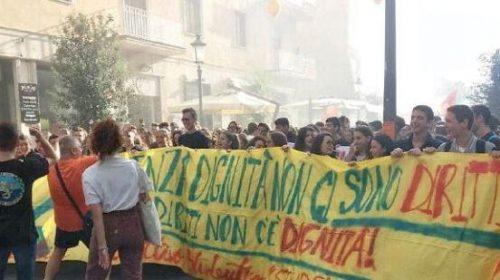 """Sciopero a Salerno, al """"Virtuoso"""" sospesi 700 studenti"""